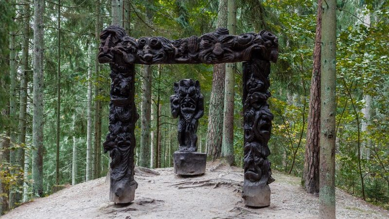 Tree of Witches, Lithuania
