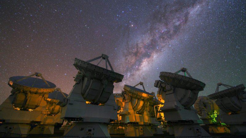 Atacama_array_stars_European_Southern_Observatory