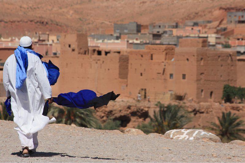 Morocco_fabric-vendor-walks_Shane-Talia