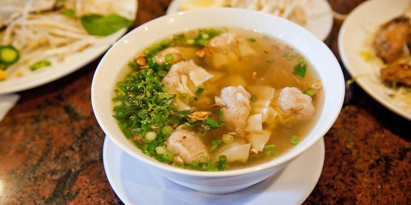 wonton soup (credit star5112)