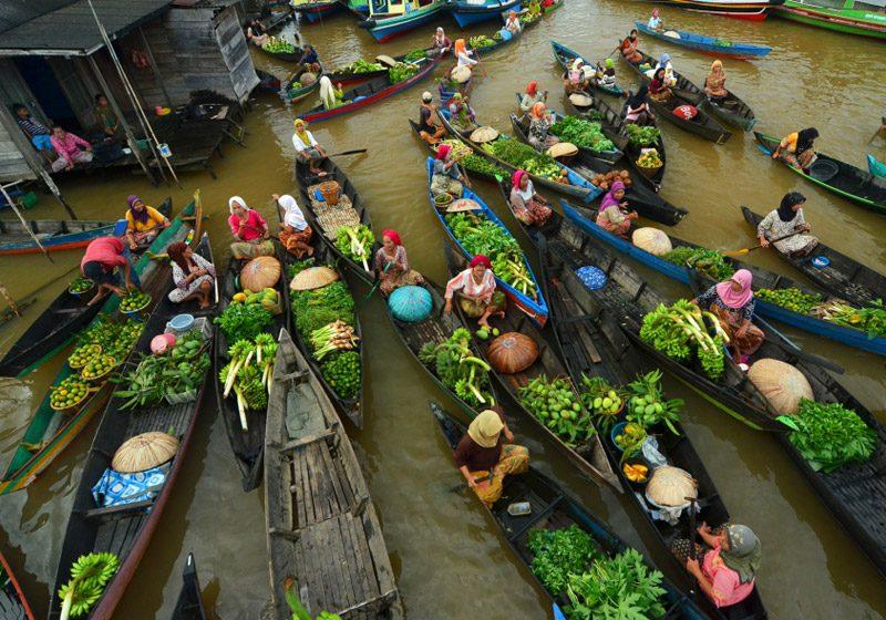 indonesia_lok-baintan_floating-market-aerial_Saipullah-Ipul