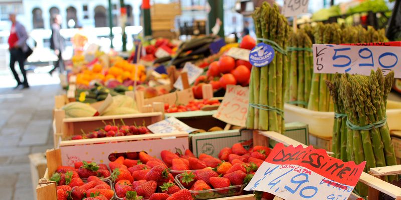 Fresh fruit at Venice's Rialto Markets. Credit Sarah Rose, Flickr