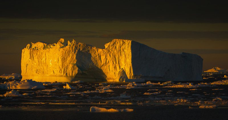 Greenland-arctic-icebergs-2-X2