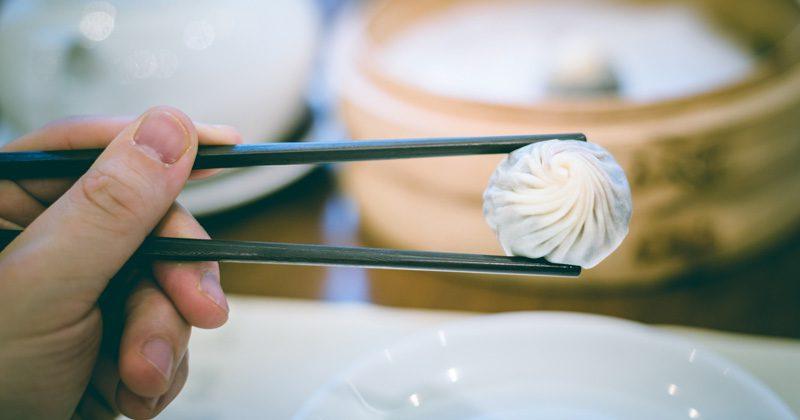 etiquette table manners - credit Chris Zielecki