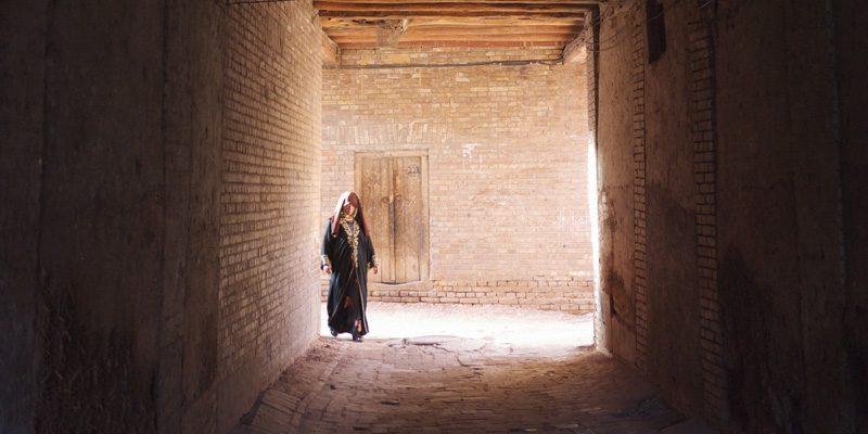 A narrow alley in Kashgar. Credit Sefan Geens