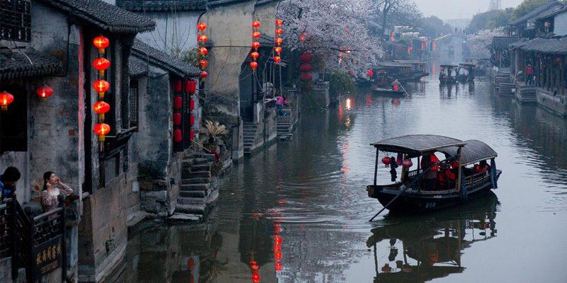 Quiet canals in Xitang. Credit Xianyi Shen