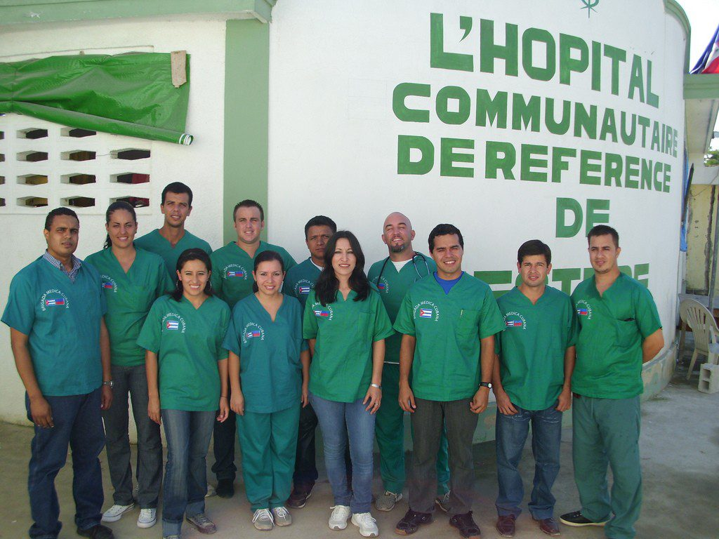 Cuba_doctors_peoplesworld