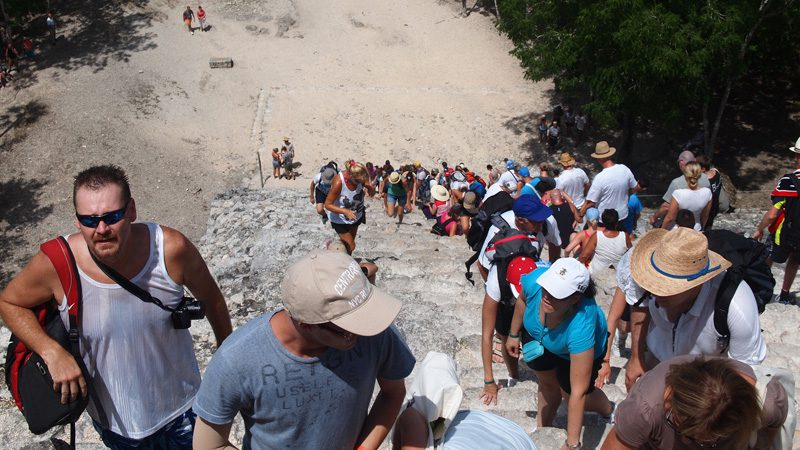 Crowds at Quintana Roo – the quickest way to feel like a tourist. Image NothingToDeclare, Flickr