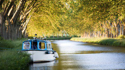 7 reasons you need to be cruising France's Canal du Midi right now