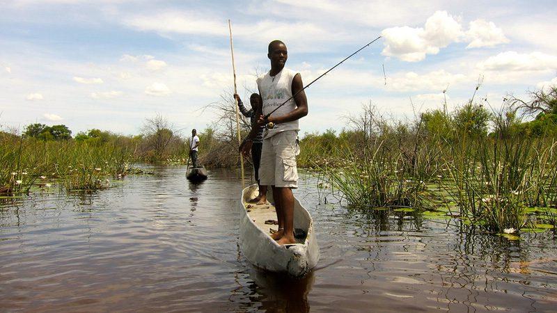 okovango-canoe---credit-Martijn.Munneke