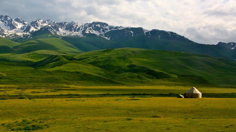 yurt-kyrgystan---credit-eatswords