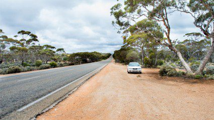Photos: this is what it looks like to cross the Nullarbor