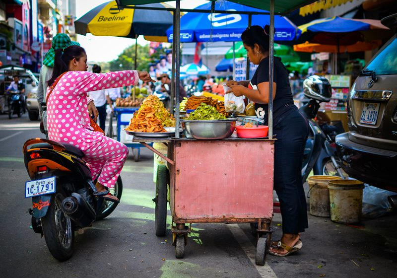 Cambodia_Phnom_Pehn_street_food_Russell_Pearson