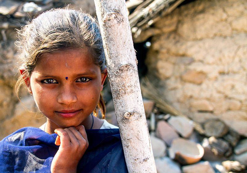 India_Village_girl_Lisa_Maisey