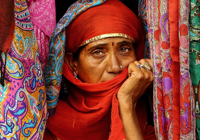 India_fabric_woman_Sandipani_Chattopadhyay