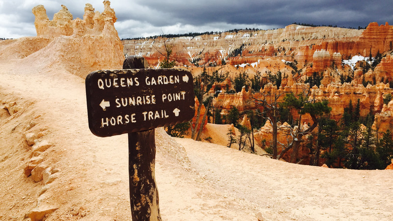 Sign in Bryce Canyon