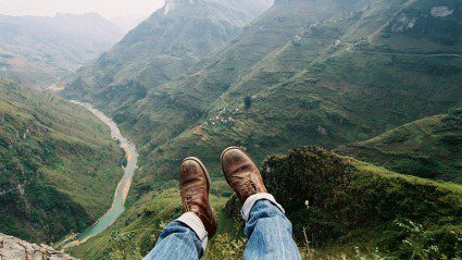 9 places you should never take a selfie