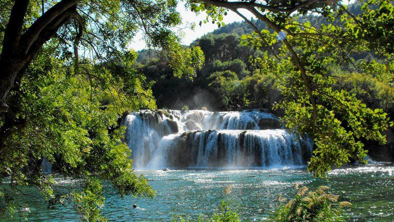 waterfalls---leon-yaakov