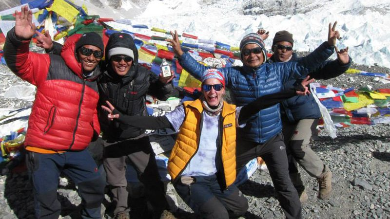 Everest-group-trip---sarah-alexander-2