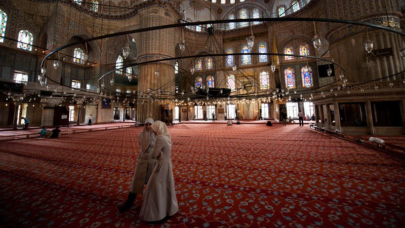 Ramadan-in-Turkey,-mosque-ceiling---Nick-Burns