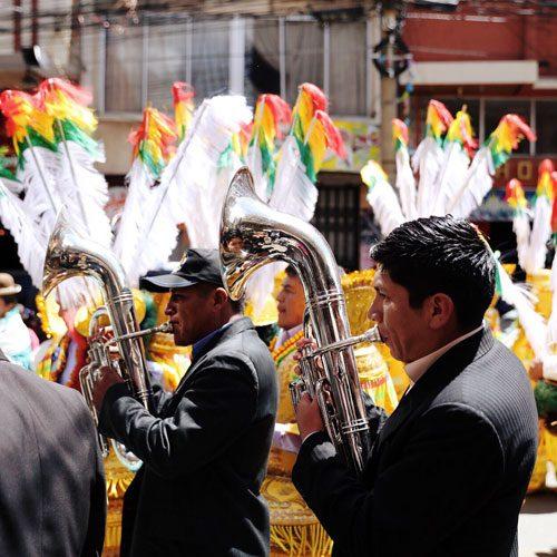 Bolivia-La-Paz,-marching-band---Tyson-Wheatlet