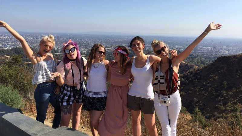 Solo travel, -on-a-group-tour---Wanderlust-Chloe