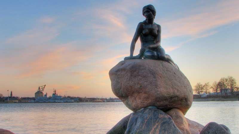 Copenhagen-little-mermaid---Tuan-Hoang-Nguyen