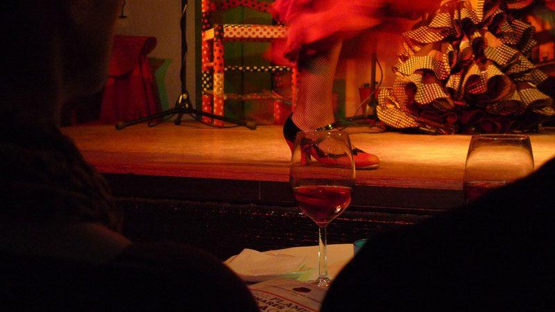 Granada-flamenco-dancing---Lauren