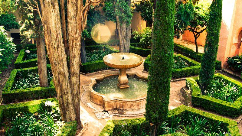 Granada-gardens---sharon-mollerus