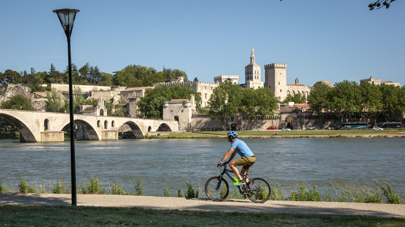 intrepid-cycling-provence-france