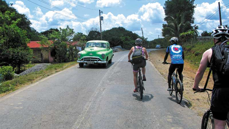 intrepid-cycling-tour-cuba