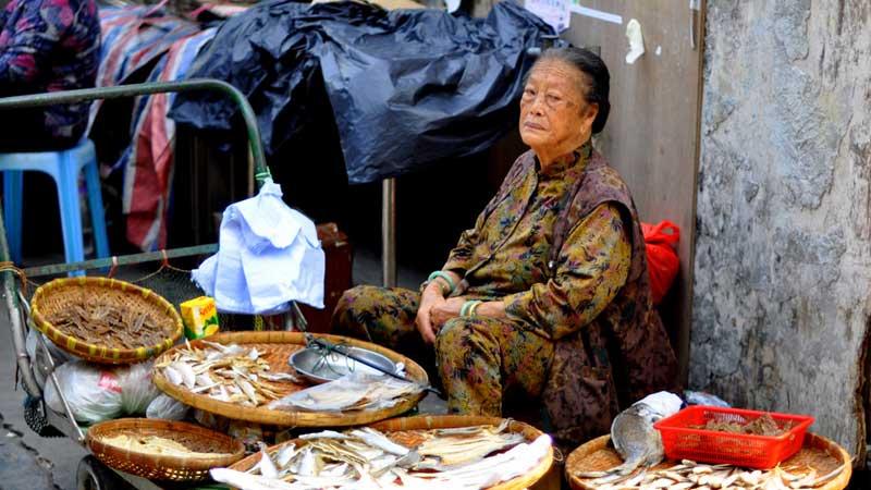 Lantau-fishing-village-woman---Henrik-Berger-Jorgensen