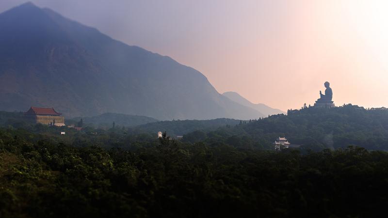 Lantau-island-Buddhe-Hong-Kong---Michael-Yuen