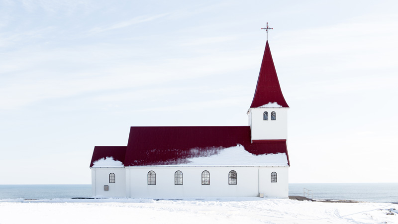 iceland-vik-church-unsplash