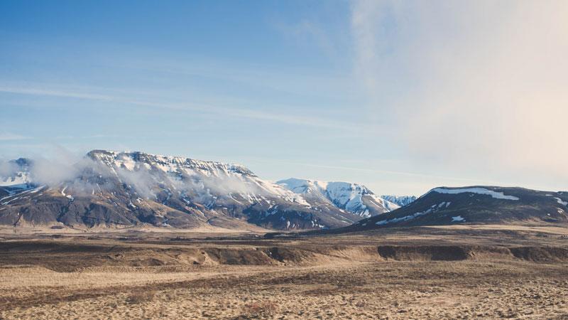 iceland-tour-landscape-unsplash