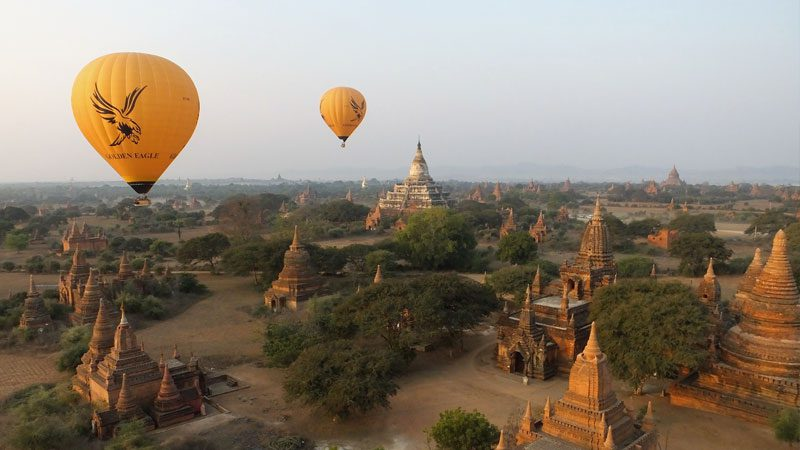 myanmar-burma-bagan-balloons-intrepid
