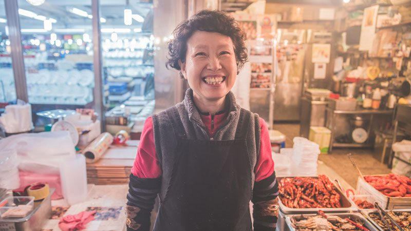 south-korea-food-trip-intrepid-smiling-local