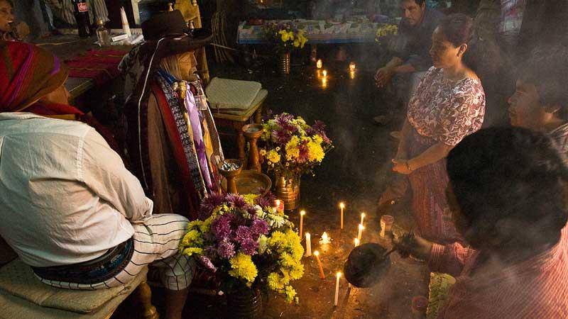 Maximon-Guatemala-Santiago-2--Bobulix