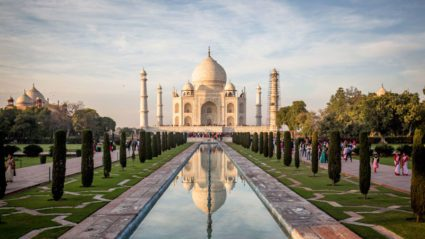 Photographers be warned: the Taj Mahal is undergoing a mud bath