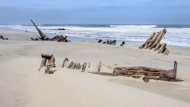 Namibia Skeleton Coast shipwreck - Convertini