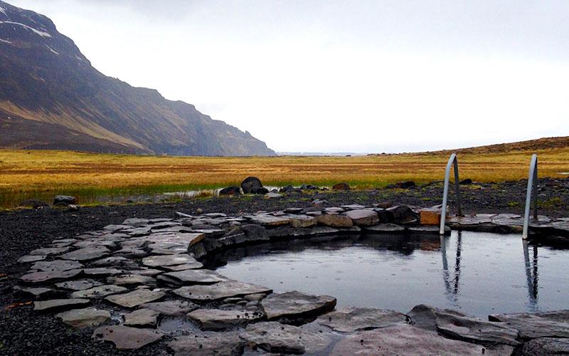 Grettislaug hot springs