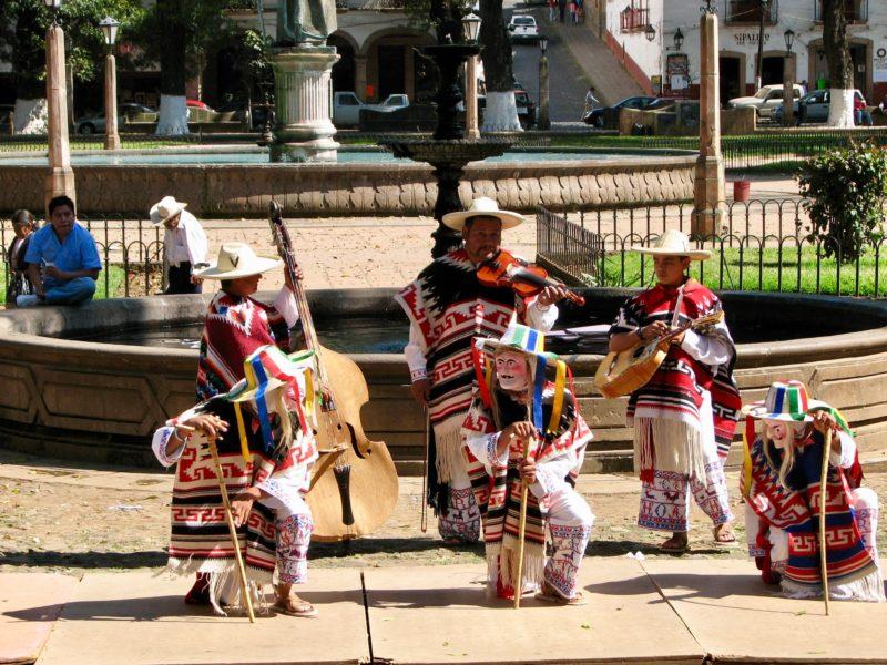 Los Viejitos Mexico dance