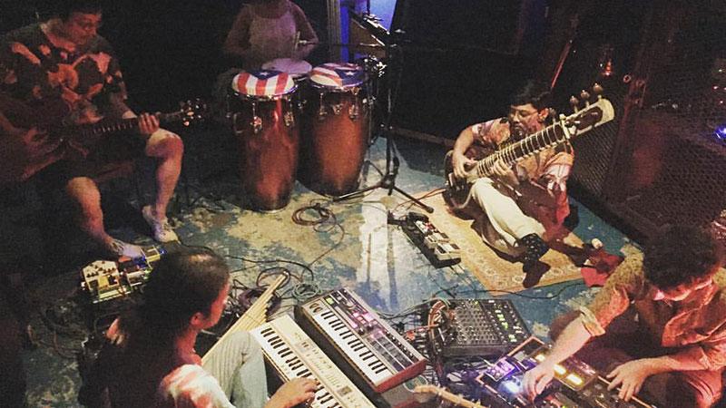 Bangkok live music: Studio Lam