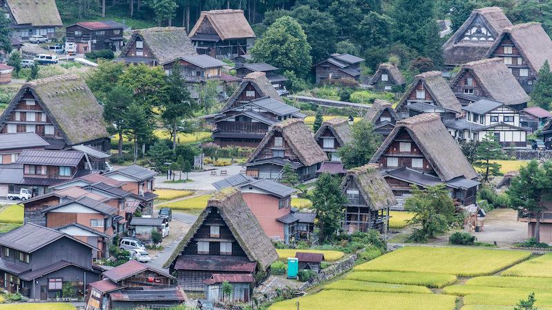 A winter retreat to Takayama: 'gassho-zuriki' farmhouses in Shirakawa-go