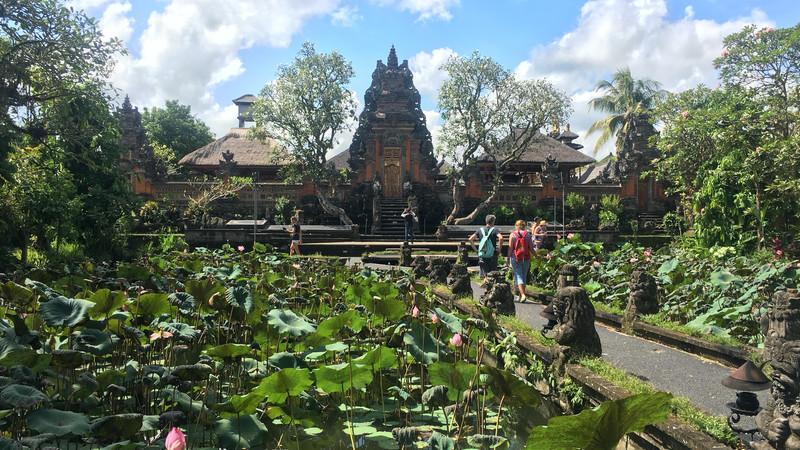 Bali guide temple Indonesia