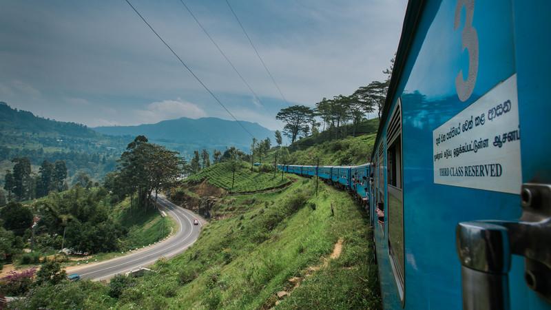 sri-lanka_nuwara-eliya-train_view_4