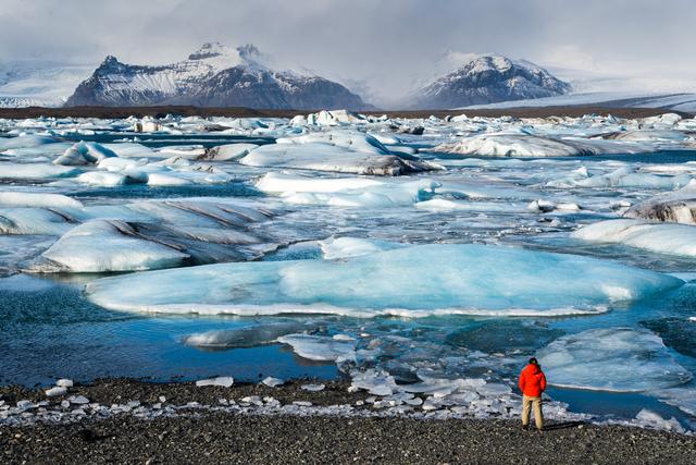 Iceland solo travel Jökulsárlón glacier lake