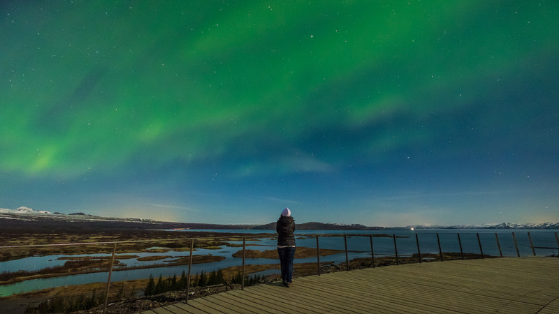 budget iceland northern lights