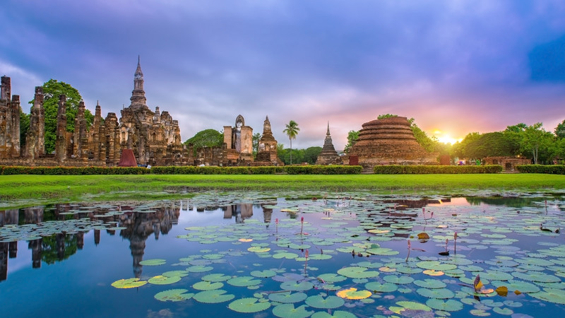 The iconic temples at Sukhothai, Thailand