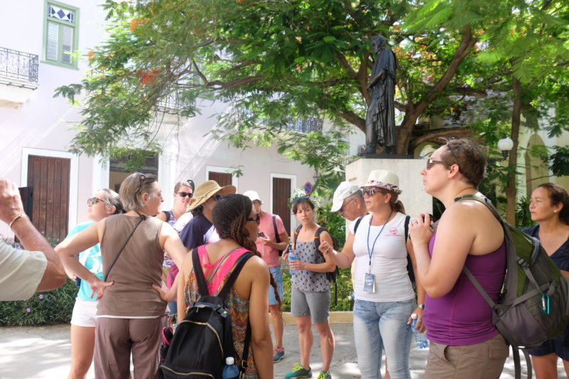 Local tour guide Havana group